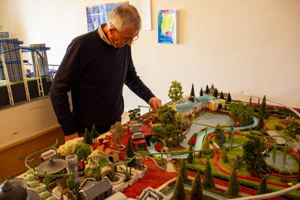 Patrick Boegli aus Montbéliard hat den Miniatur-Europa-Park gebaut.